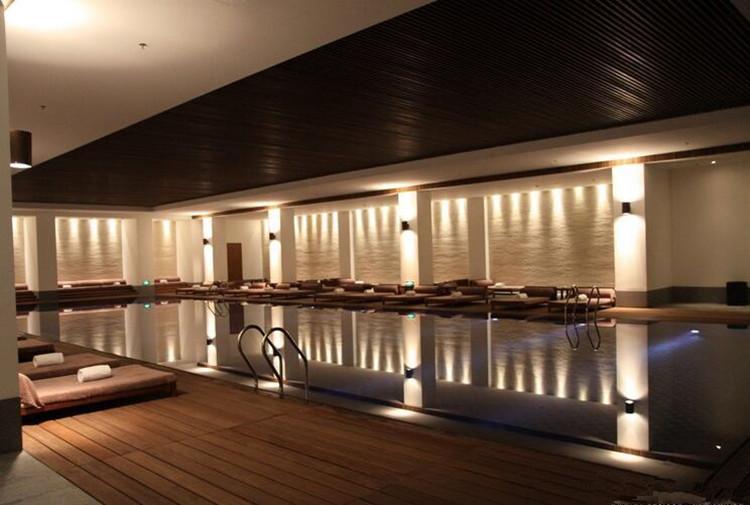 【上海】高档酒店泳池亮化选用瑞意LED水底灯